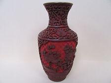 ROTLACK-VASE/SCHNITZLACK-VASE:CHINA um 1910: ZWEIFARBIG: MESSING-KORPUS: 17 cm