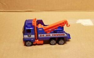 Hot Wheels tow truck 1:64