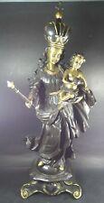 grosse Bronze-Madonna mit Kind, gekrönt und mit Zepter