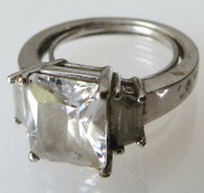 Size 6 Avon marked Silver tone Large stone Ring 4.5g    old