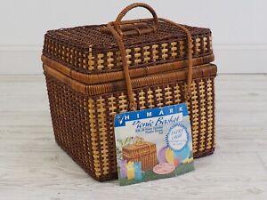 Vtg Himark Picnic Basket Complete set Flatware Cups Plates Pastel/Easter /c