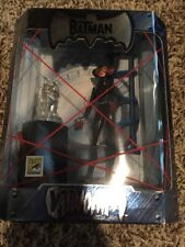 San Diego Comic Con Exclusive The Batman Catwoman Figure With Silver Lion Statue