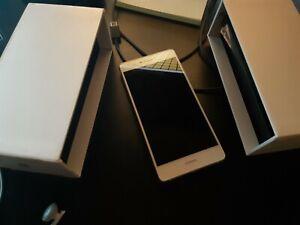 HUAWEI P8 lite Phone - White
