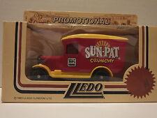 LLEDO LP21 151 1934 CHEVROLET VAN - SUNPAT (RED/YELLOW/RED)