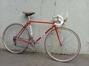 bicicleta carretera Zeus. Restaurada con componentes originales .