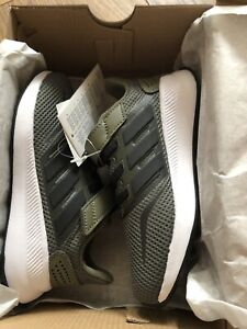 new Boys adidas trainers size 10