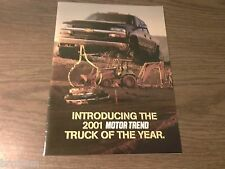 MINT CHEVY SILVERADO 2001 MOTOR TREND TRUCK OF THE YEAR BROCHURE 6 PAGES (21-B)