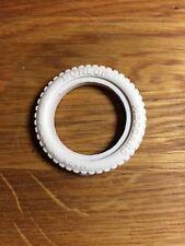1 Pneu blanc pour voiture Meccano Constructor Car N2 Tire Tyre