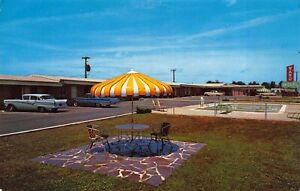 Postcard Ward Motel and Swimming Pool in Benton, Arkansas~123764