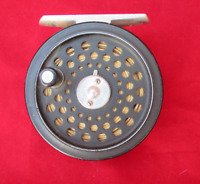 Vintage House of Hardys Ultralite Disc 230 Trout Fly Fishing Reel with line