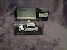 1/43 FORD FOCUS RS WHITE Minichamps