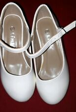 Beautiful Girl White Shoes Size 11