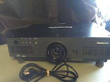 Panasonic PT-DW5100, DW5100U HD Projector 5500 LUMENS, LOW HOURS!!