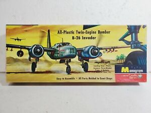 1955 Monogram 1/67 WWII Douglas A-26 Invader Bomber Model Airplane with Rockets!
