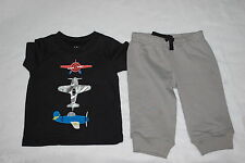 Baby Boys 2 PC OUTFIT Black S/S Tee Shirt AIRPLANES Thick Knit Gray Pants 0-3 MO