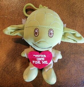 "DISNEY -STAR WARS- HEROEZ CLIPZ ""YODA ONE FOR ME"" HEART CLIP ON PLUSH TOY"