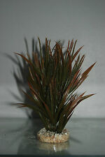 Aquarium Tropical Brown & Green Grass 6 x 6 x 20 cms Suitable For All Aquariums