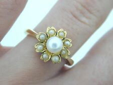 18ct Yellow Gold Pearl Flower Ring size M