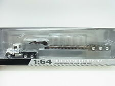 KOMATSU tractor and trailer White MACK GRANITE miniature model Limited 1/64