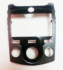 Kia Cerato Forte Koup 2009-2012 OEM GENUINE Dash Board GPS Center Fascia Glossy