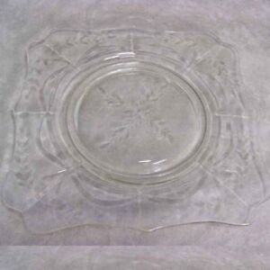 Imperial Glass Crystal Square #7888 Floral Daisy Plate