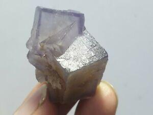 125 carat   Flourite Specimen Natural FORM Pakistan