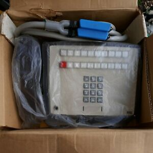 NOS  ITT 20 BUTTON KEY TELEPHONE.