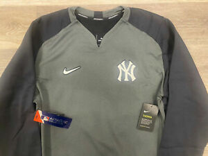 Mens Nike Therma Authentic Collection New York Yankees Thermal Crew M $90!
