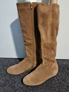 RMK Leather Suede Tand Brown, Flat Knee High Boots Size 8 - new without box