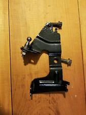 1996-1998 Ford Taurus SHO front height sensor bracket