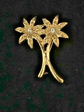 GOLD FLOWER (50 PER LOT) BROOCH COSTUME JEWELRY LAPEL