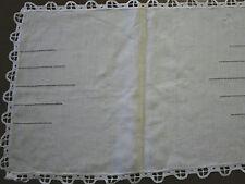 napperon ancien  , N°232,  lin, centre de table, broderie, 50cm x33,5cm,set