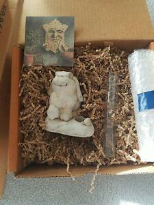 1997 New In Box Carruth Studio Garden Bunny Water Gage Sculpture