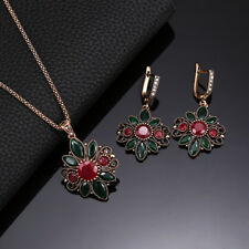 INDIAN JAIPURI JEWELRY ANTIQUE FINISHED GOLD TONE EMERALD GEMS NECKLACE EARRINGS