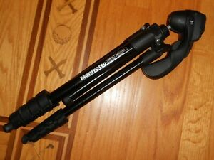 Manfrotto - MKC3-H01- Compact Tripod W/Plate #785PL - Near Mint Condition!!
