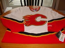CCM Calgary Flames Jersey.   Men's Large.  NWT