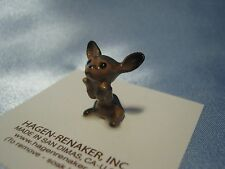 Hagen Renaker Dog Chihuahua Black Pup Figurine Miniature 0338 Ceramic NEW