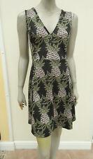 H&M - Black / Dark Green Mix Stretch Sleeveless V Neck Dress - size L