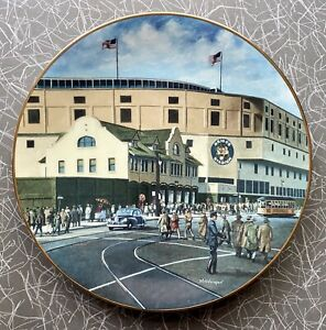 Briggs Stadium Home of The Detroit Tigers Collector Plate #4 1993 + 1984 Stuff