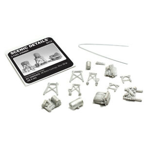 BACHMANN WOODLAND SCENICS, METAL KIT, 3 FUEL STANDS WD212 HO/OO