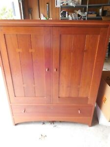 STICKLEY TV MEDIA CABINET CHERRY MISSION/ARTS & CRAFTS STYLE