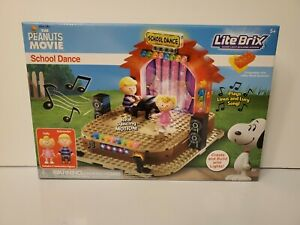 Lite Brix The Peanuts Movie School Dance Light Building System