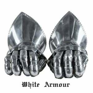 The Paladin Gauntlets SCA LARP Combat gauntlets Fantasy gauntlets Armour Fantasy