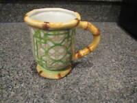 CRACKER BARREL BAMBOO GREEN BROWN COFFEE / TEA MUG CUP
