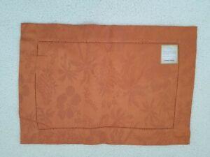 "Tommy Bahama Sferra ROYAL PALMS Placemats (4).  55% cotton/45% linen.  14"" x 20"""