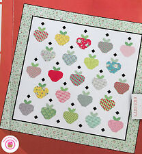 BUMBLE BERRIES Moda STRAWBERRY FIELD Quilt KIT Layer Cake + fabric + pattern