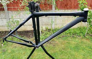 "BLACK unknown branded 19"" Frame + Hardtail Mountain Bike Matt Black"