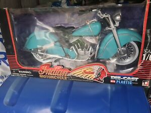 ToyMark  1/6 Scale Indian Motorcycle Bike Die-cast with Plastic Series New Boxed
