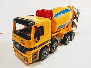 Click N' Play Friction Powered Jumbo Cement Truck