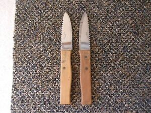 """Vintage Set Of 2 Wooden Handled Fishing Knives """" GREAT COLLECTIBLE SET """""""